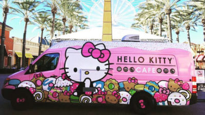 Rollendes Hello Kitty-Cafe