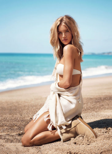 Rosie-Huntington-Whiteley-UGGS-1-x1000