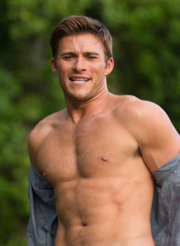 Scott-Eastwood-8-web
