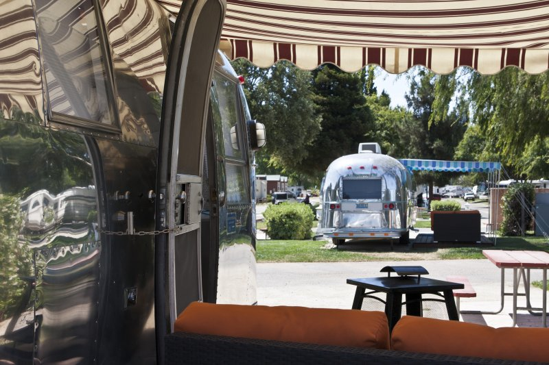 Campen im airstream neuh magazine for Airstream rentals santa barbara