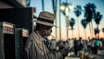 LA Impressions: Smoking Man